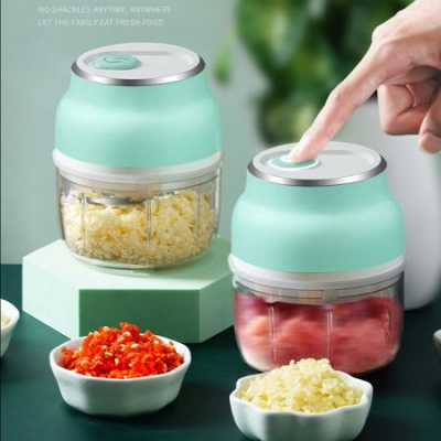 Electric Mini Garlic Chopper,Free Spice Chopper USB Charging Mini Portable Electric Garlic Grinder Food Press Cutter for Vegetables Fruits Nuts Pepper Onio